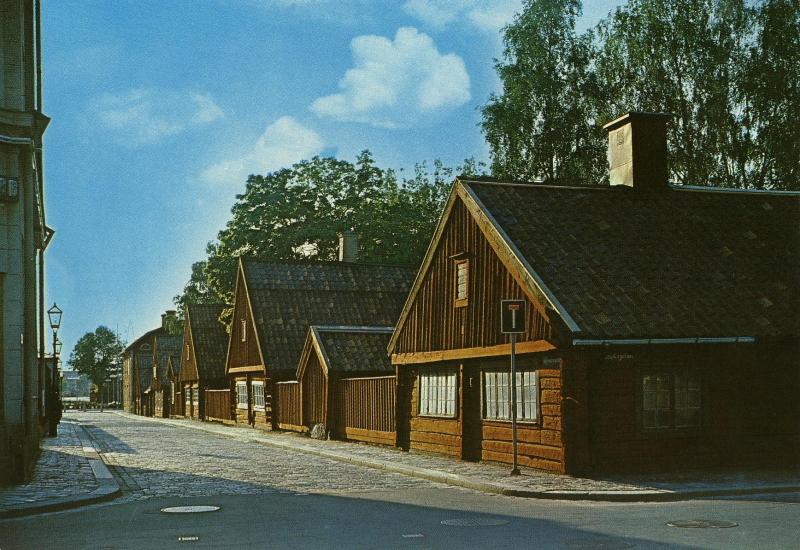 utanför datum daska i Eskilstuna